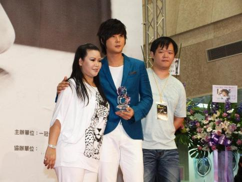 Hyesung-20100725TaiwanFM記者会見_06
