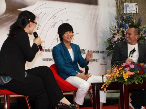 Hyesung-20100725TaiwanFM記者会見_011