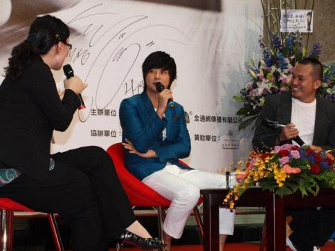 Hyesung-20100725TaiwanFM記者会見_013