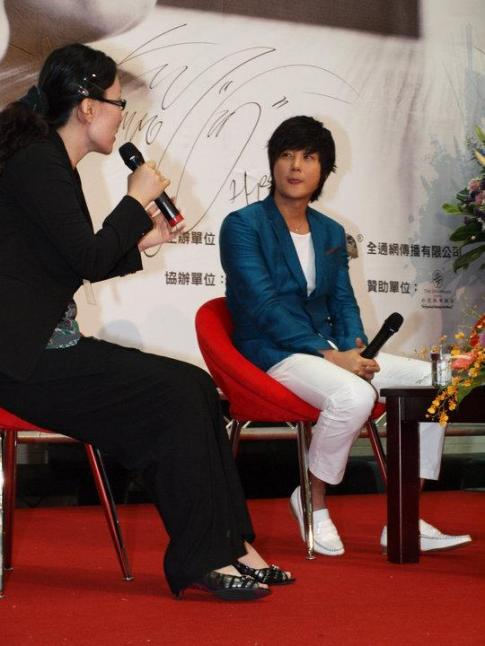 Hyesung-20100725TaiwanFM記者会見_022