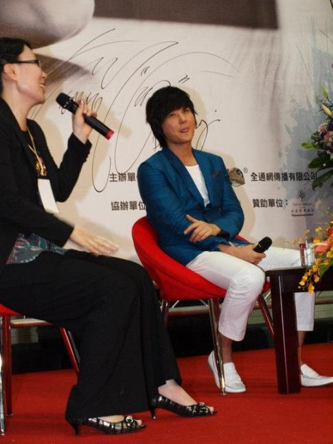 Hyesung-20100725TaiwanFM記者会見_025