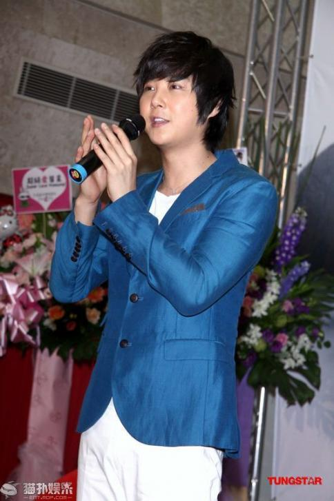 Hyesung-20100725TaiwanFM記者会見_051
