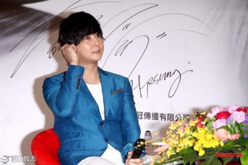 Hyesung-20100725TaiwanFM記者会見_052