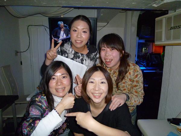 MB_SNK_6.jpg