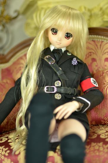 DD用軍服ドイツ風3