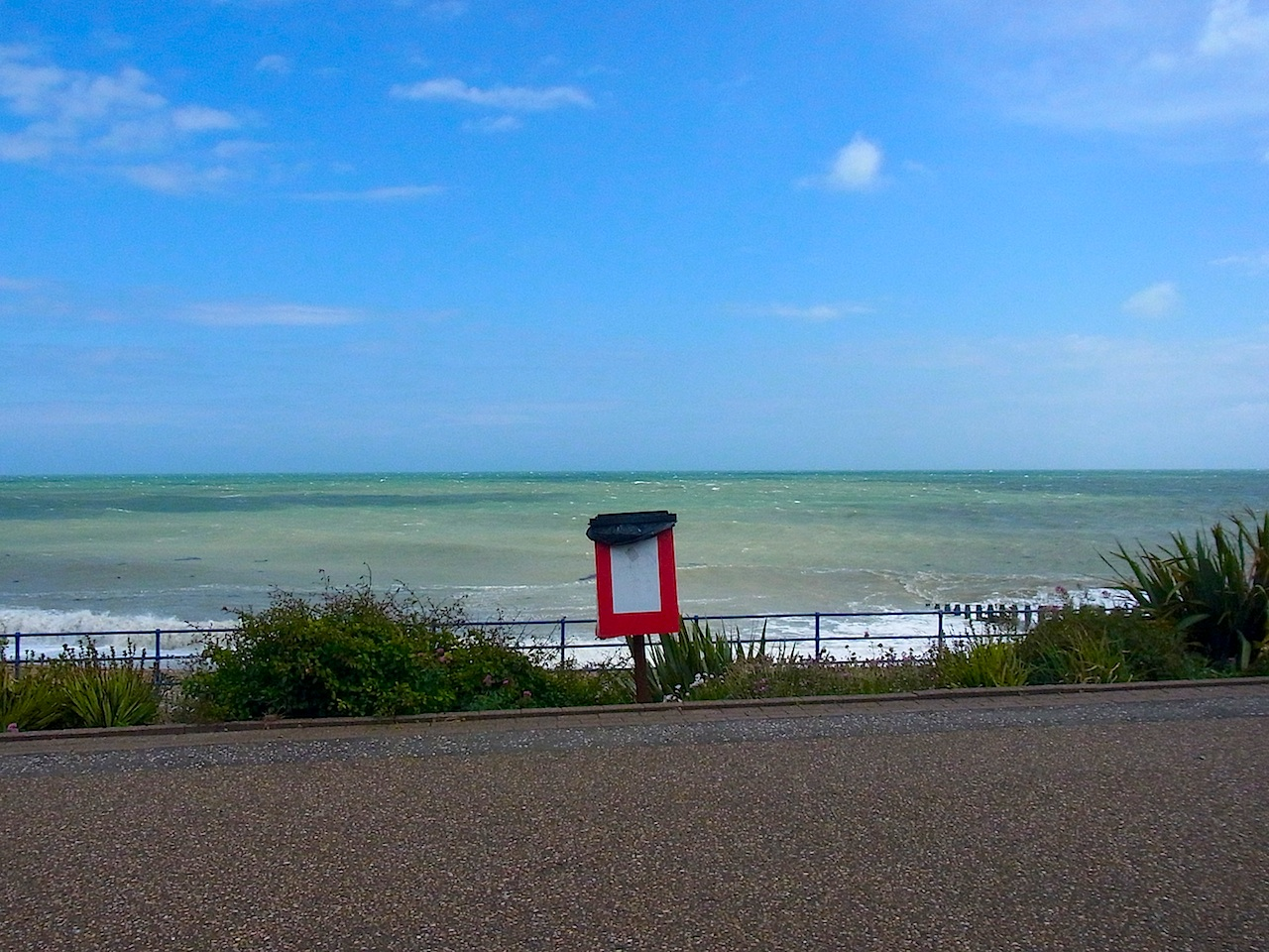 eastbournesea6.jpg