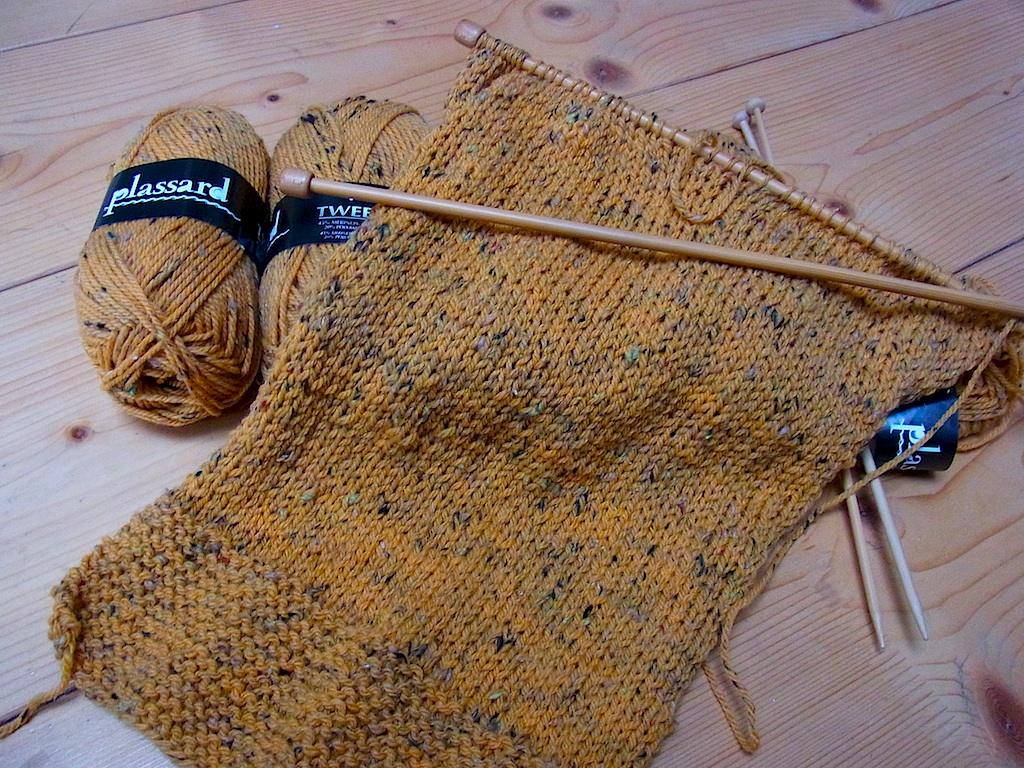 yellowwool1.jpg