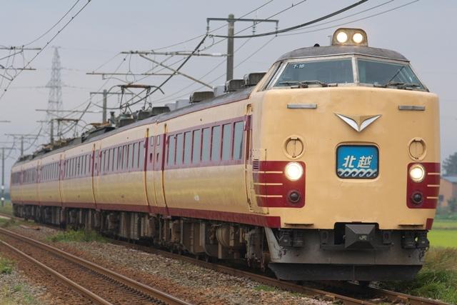 111011-JR-E-485-T18-hokuetsu-1.jpg