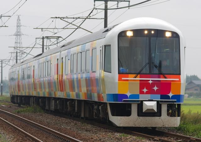 111011-JR-E-485-kirakirauetsu-2.jpg