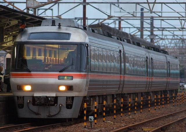 111025-JR-T-DC85-nanki-H.jpg