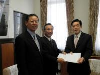2011.1.26 予算要望提出写真ブログ用