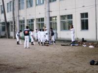 2011.5.24 大生院院中学校でのマンダリンパイレーツの野球教室5