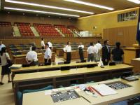 2011.7.28 福井県議会議場1