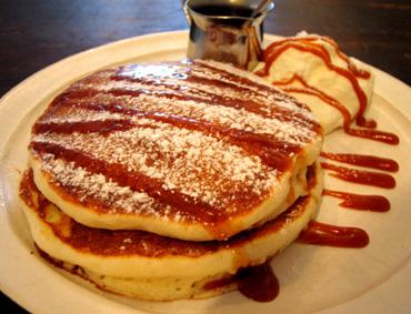 『ももちどり』の塩バターキャラメルパンケーキ