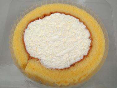 『ローソン』のプレミアムロールケーキ