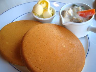 『カフェナチュレ』のパンケーキ
