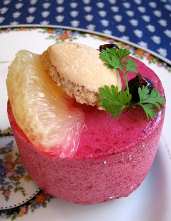 『フレンチパウンドハウス』のカシスのムースケーキ