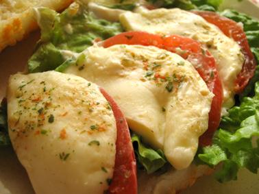 『フォション』のトマトとモッツアレラ