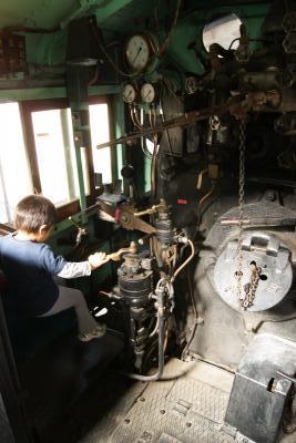 公園の蒸気機関車2