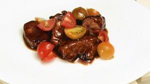 彩りトマトと豚ヒレ肉の黒酢ソース