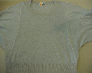 セーター色移り1
