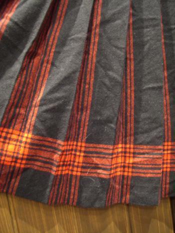 PENDLETON 黒×赤スカートアップ