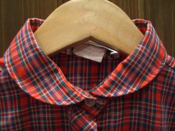 丸襟チェックシャツ アップ