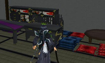 御庭番:家具だらけ