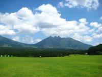 月廻公園 南側から根子岳を眺める