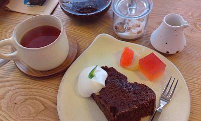 黒豆ショコラと紅茶