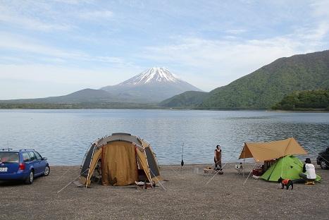 キャンプへ!