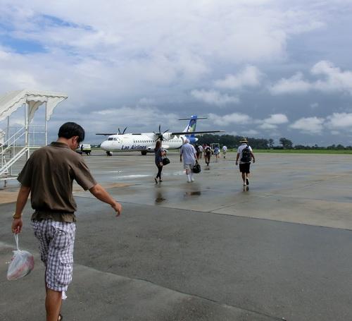 80-Lao air 005