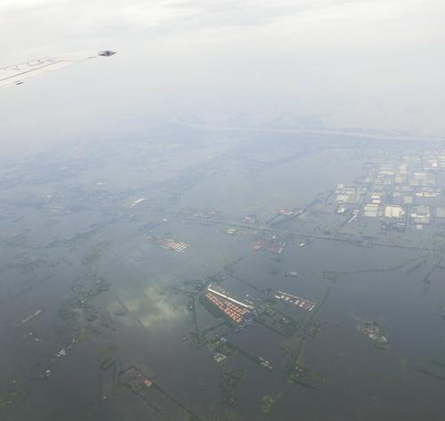 08-Bangkok 2011-10-20 001a