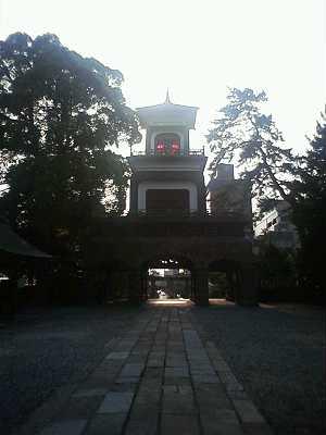 尾山神社のステンドガラス