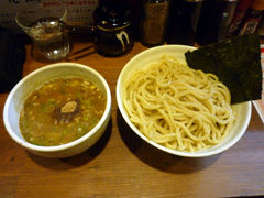 下通りの博多麺屋宗運の限定つけ麺♪