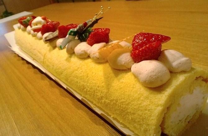 かめまんのロールケーキ