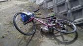 倒れやすい自転車