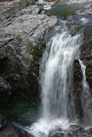 みたらい滝2