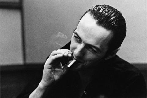 8191-joe-strummer-the-future-is-unwritten_convert_20090911012539.jpg