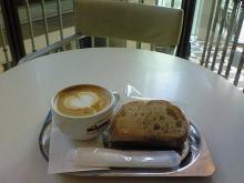 ウィキッドの見る前にカフェ