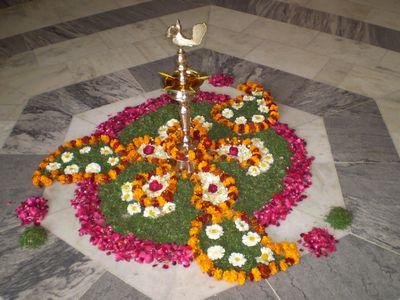 flower-rangoli.jpg