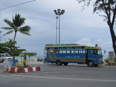 phuket-bus.jpg