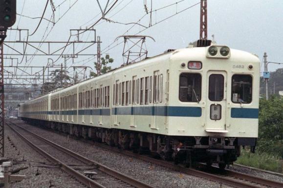 1983-0604-2400-2483-001.jpg
