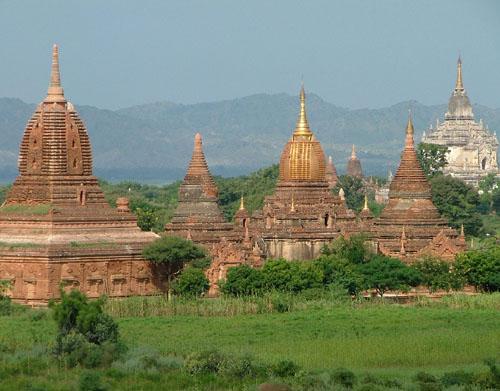 ミャンマー バカン