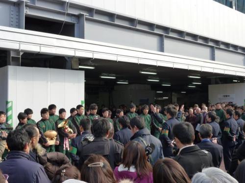 博多駅にて東福岡ラグビー部報告会の様子