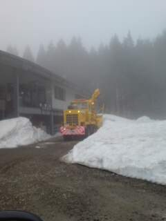 20110411 矢保利 除雪1
