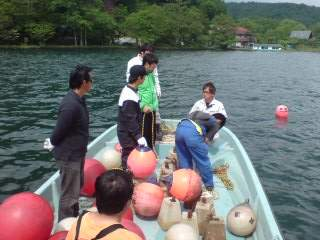20110613 禁漁ブイ設置作業