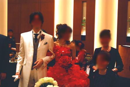新婦の赤ドレス
