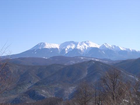 0057鈴蘭高原から見た御岳山