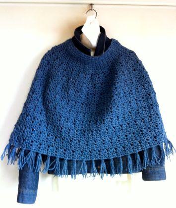 かぎ針編みのポンチョ